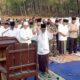 Bupati Malang Drs HM Sanusi MM bersama Forkopimda dan ribuan warga salat Istisqa'. (sur)