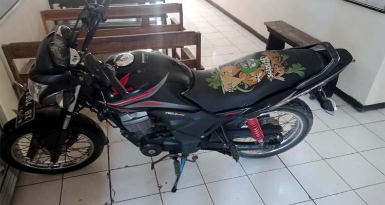 BB : Sepeda motor jadi barang bukti sarana pelaku. (Humas Polres Malang)