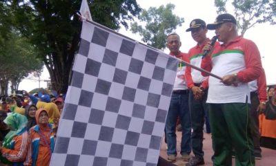 Bupati Malang Drs HM Sanusi MM Lepas Jalan Sehat. (sur)