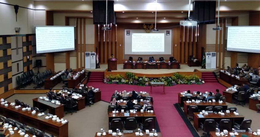 Sidang Paripurna DPRD Kabupaten Malang. (Sur)