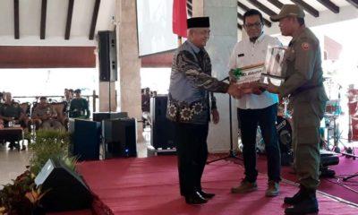 Bupati Malang Drs HM Sanusi MM dalam acara sarasehan di Pendopo Kabupaten Malang. (ist)
