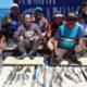 RAMAI : Rombongan Pemancing nikmati hasil. (ist/CMC/dok)