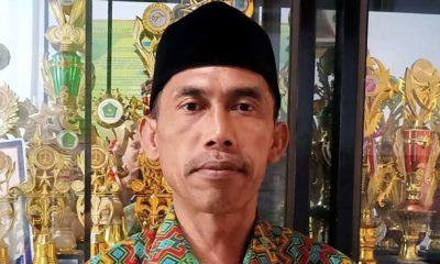 Asmo'in S.Pd Kepala MTs Mambaul Ulum Gedangan. (Sur)