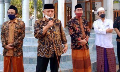 Bupati Malang Sanusi saat memberikan sambutan di yayasan pondok pesantren Al-Hidayah Jl Bendo Agung no.52 Desa Sumberejo Kecamatan Pagak Kabupaten Malang. (mg2)