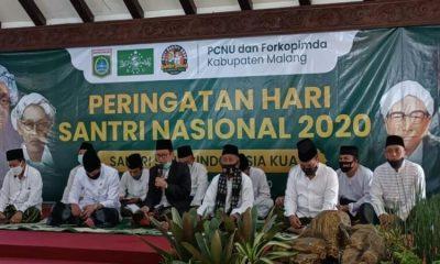 Peringatan Hari Santri Nasional (HSN) ke-5 dilaksanakan di Pendopo Agung Kabupaten Malang, Kamis (22/10) pagi.